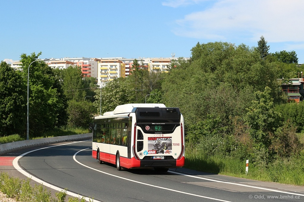 Fotogalerie » Iveco Urbanway 12M CNG 1BC 7547 7098 | Brno | Žebětín | Hostislavova