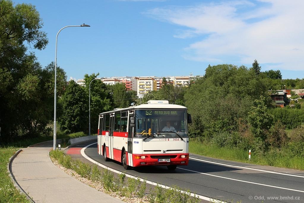 Fotogalerie » Karosa B931E.1707 9B4 8702 7454 | Brno | Žebětín | Hostislavova