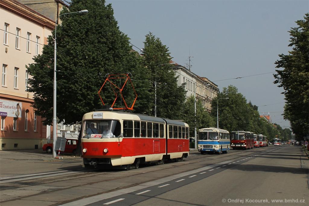 Fotogalerie » ČKD Tatra K2YU 1123 | Brno | Královo Pole | Štefánikova