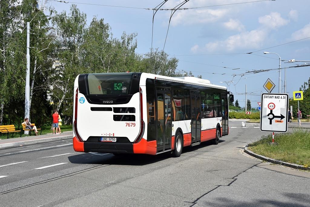 Fotogalerie » Iveco Urbanway 12M 2BC 9750 7679 | Brno | Kohoutovice | Žebětínská | Kohoutovice, hájenka
