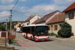 Crossway LE LINE 12M 2913 na lince 51 v Popůvkách. Tato linka bude nově obsluhovat i Ostopovice a Moravany.