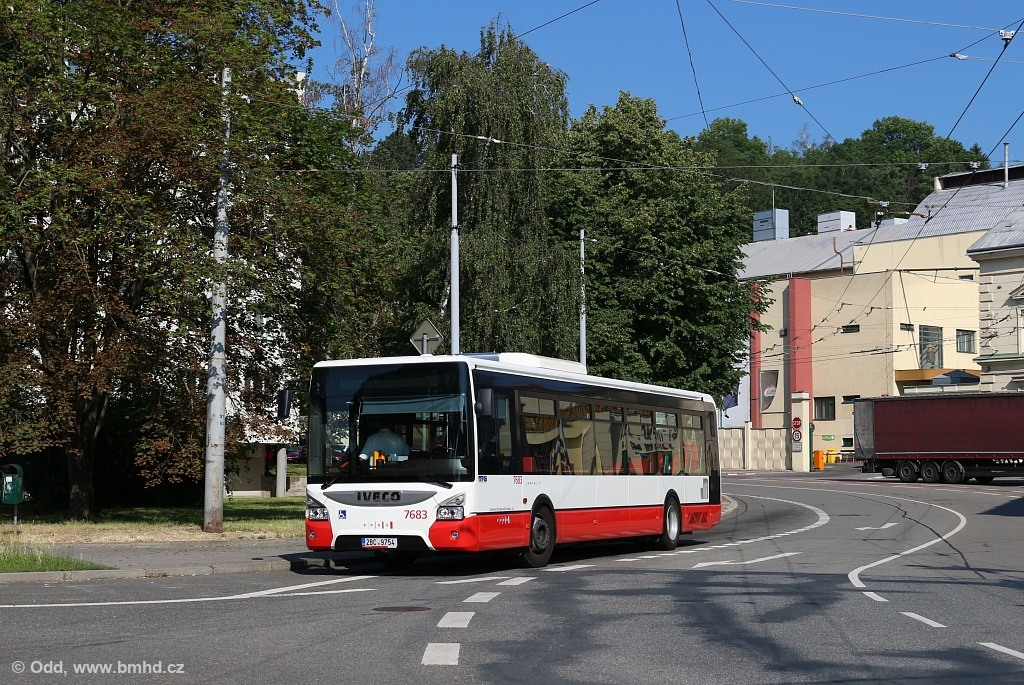 Fotogalerie » Iveco Urbanway 12M 2BC 9754 7683 | Brno | Staré Brno | Mendlovo náměstí