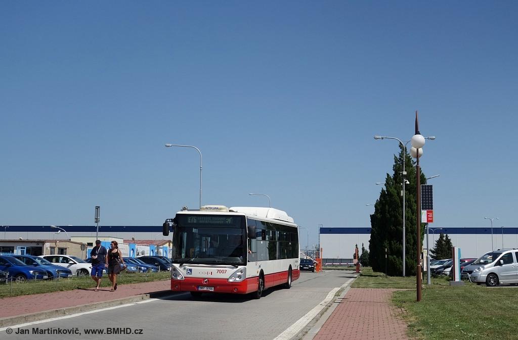 Fotogalerie » Irisbus Citelis 12M CNG 9B7 9156 7007   Brno   Tuřany   Evropská   Letiště Tuřany
