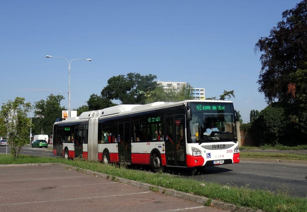 Fotogalerie » Iveco Urbanway 18M CNG 1BT 8128 2008   Brno   Komárov   Černovická