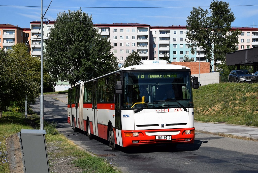 Fotogalerie » Karosa B961E.1970 2B4 9318 2378 | Brno | Líšeň | Houbalova