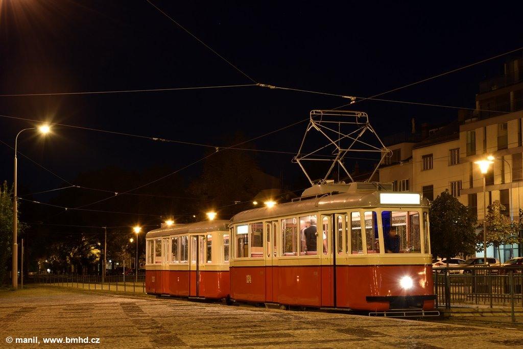 Fotogalerie » KPS Brno 4MT2 134 | KPS Brno vv4 313 | Brno | Pisárky | Hlinky | Výstaviště, hlavní vstup