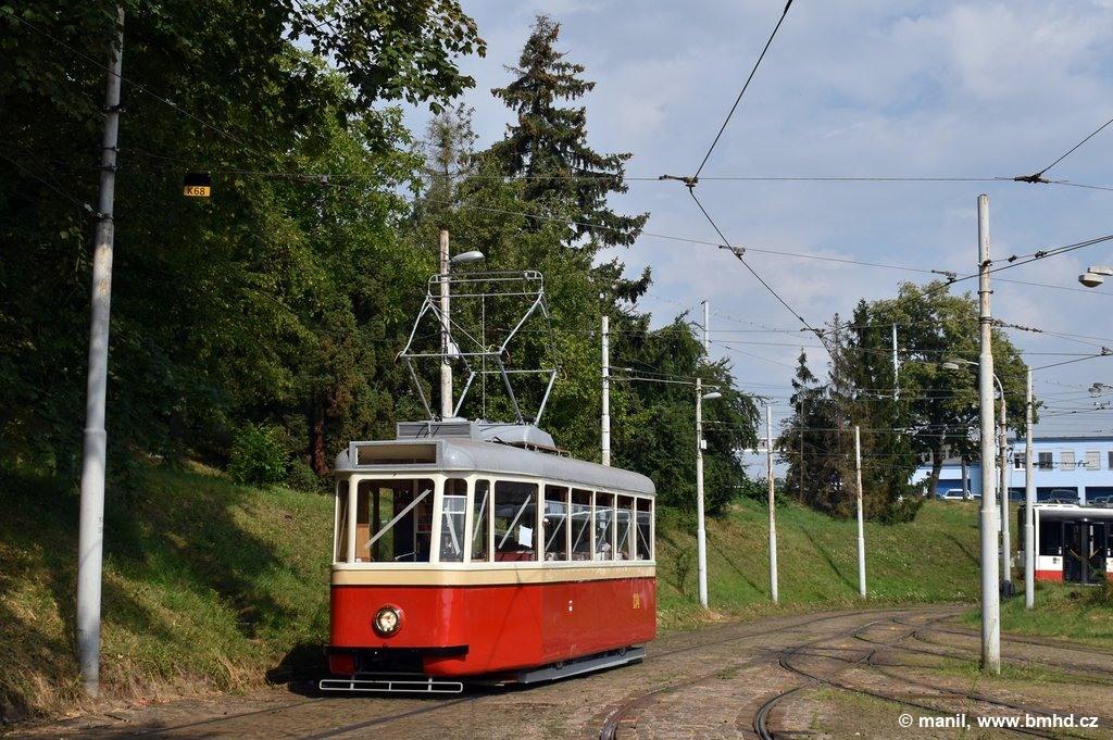 Fotogalerie » KPS Brno 4MT2 134   Brno   vozovna Medlánky