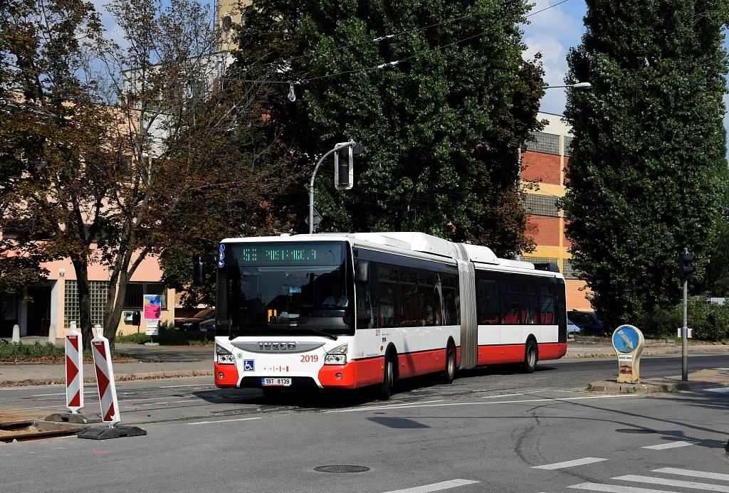 Fotogalerie » Iveco Urbanway 18M CNG 1BT 8139 2019 | Brno | Židenice | Zábrdovická