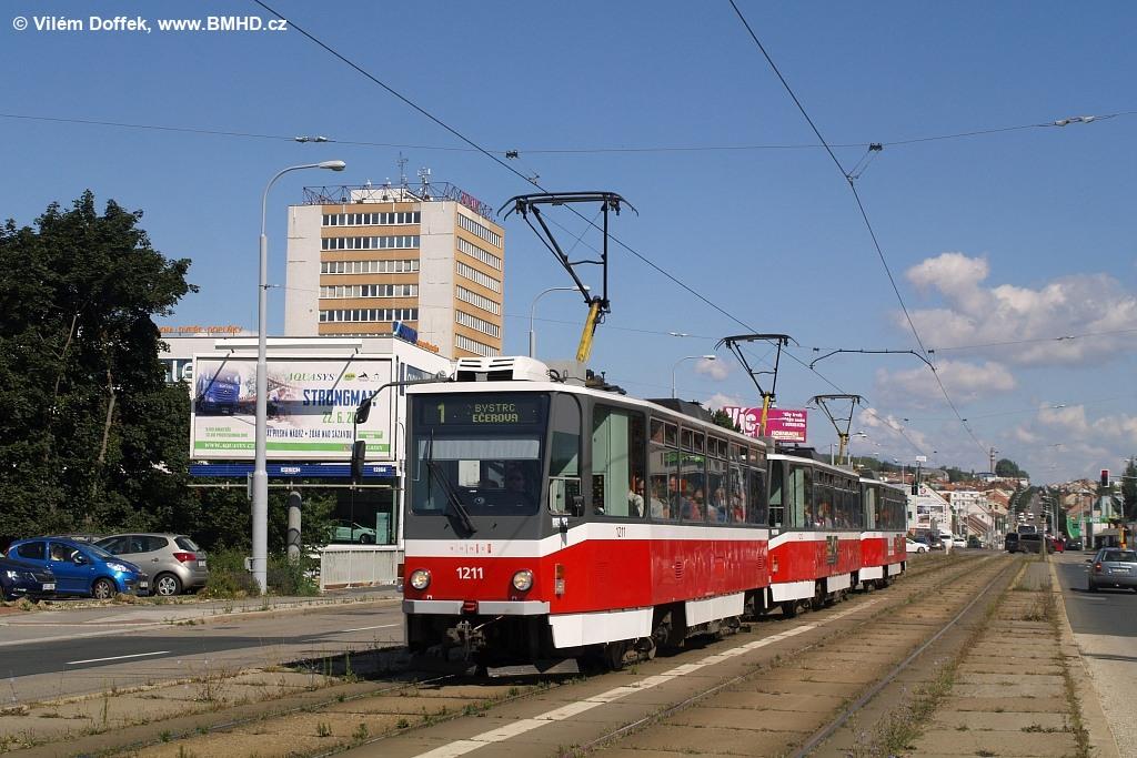 Fotogalerie » ČKD DS T6A5 1211 | ČKD DS T6A5 1212 | ČKD DS T6A5 1208 | Brno | Královo Pole | Palackého třída