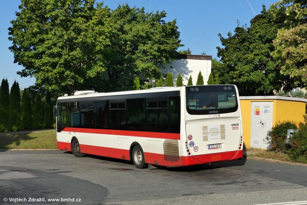 Fotogalerie » Irisbus Crossway LE 12M 7B3 3929 7819 | Brno | Útěchov | Adamovská | Útěchov, smyčka