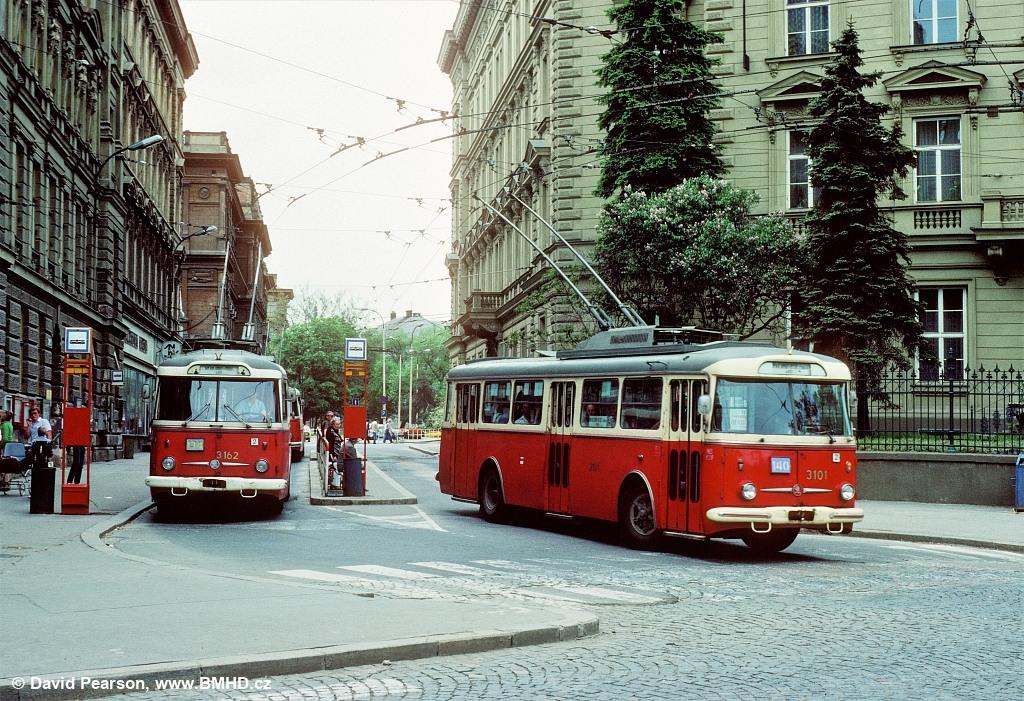 Fotogalerie » Škoda 9Tr20 3101 | Škoda 9TrHT28 3162 | Brno | střed | Brandlova | Česká