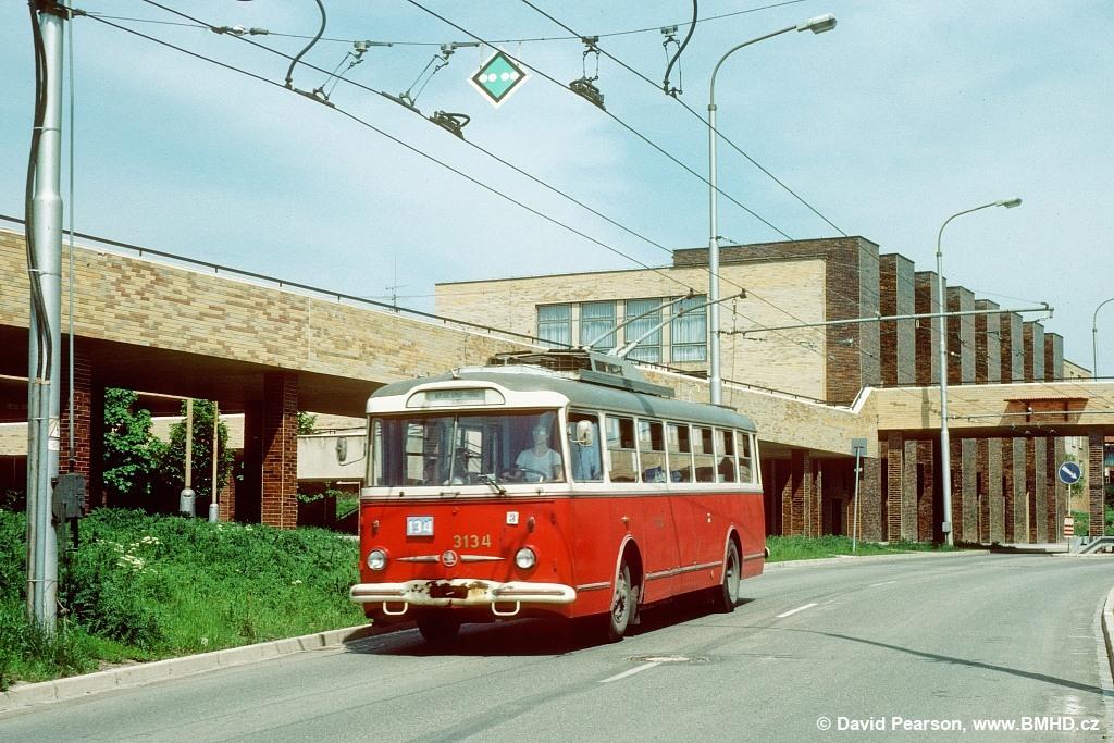 Fotogalerie » Škoda 9TrHT28 3134   Brno   Žabovřesky   Makovského náměstí