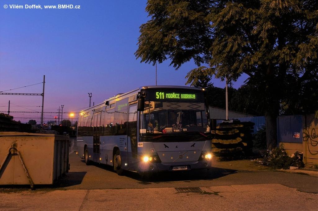 Fotogalerie » Volvo 8700 LE 4B4 3207 | Modřice | Modřice, železniční stanice
