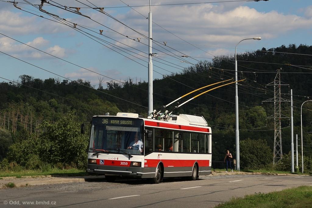 Fotogalerie » Škoda 21Tr 3059 | Brno | Komín | Řezáčova | Komín, sídliště