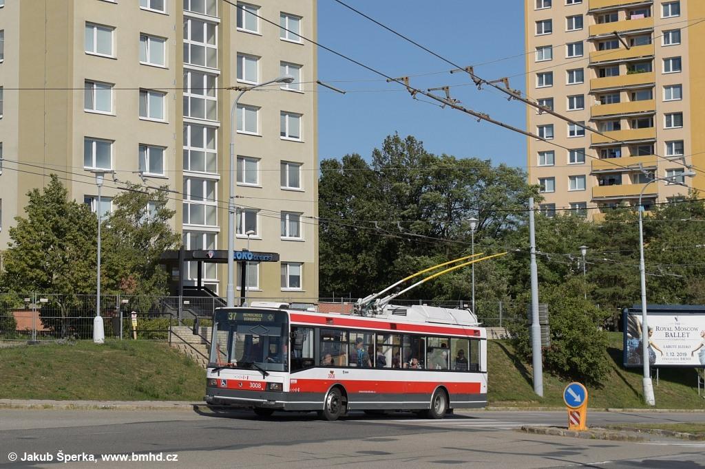 Fotogalerie » Škoda 21Tr 3008   Brno   Kohoutovice   Libušina třída
