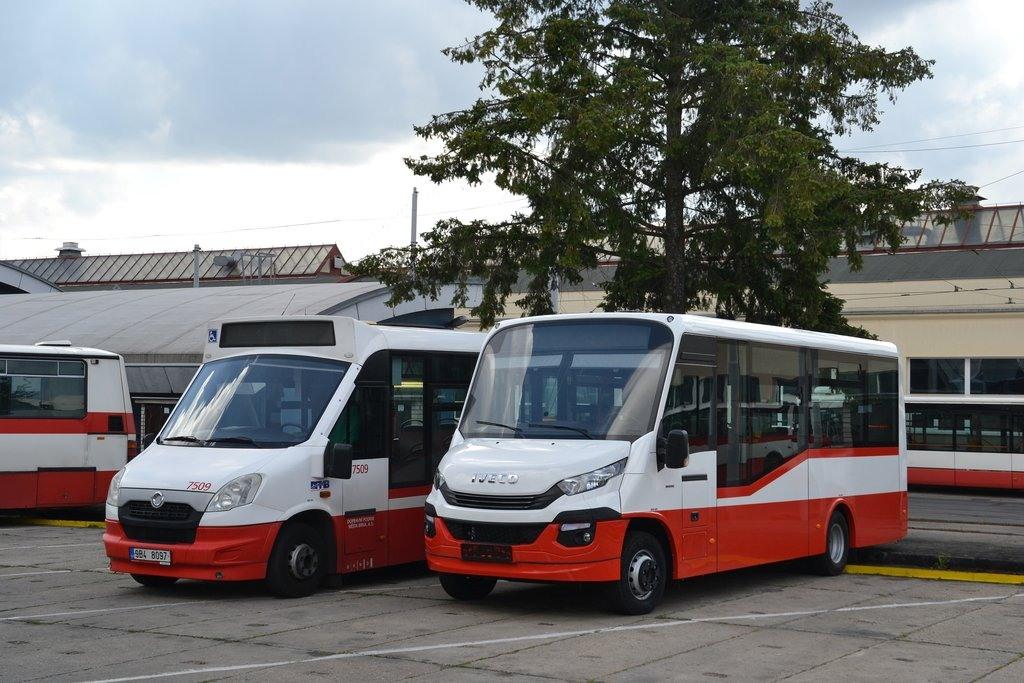 Fotogalerie » Dekstra LF 38 2BA 1454 7516   SKD Iveco Stratos LF 38 D 9B4 8097 7509   Brno   vozovna Medlánky