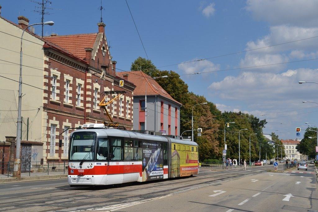 Fotogalerie » Pragoimex VarioLF2R.E 1088 | Brno | Štýřice | Vídeňská | Celní