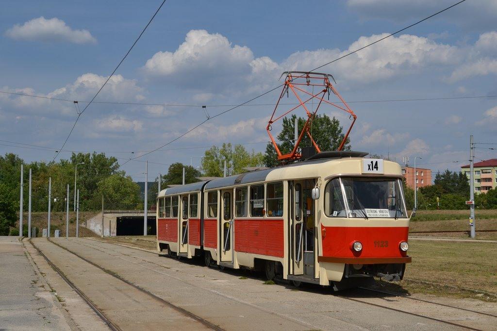 Fotogalerie » ČKD Tatra K2YU 1123 | Brno | Bystrc | Rakovecká | Rakovecká, smyčka