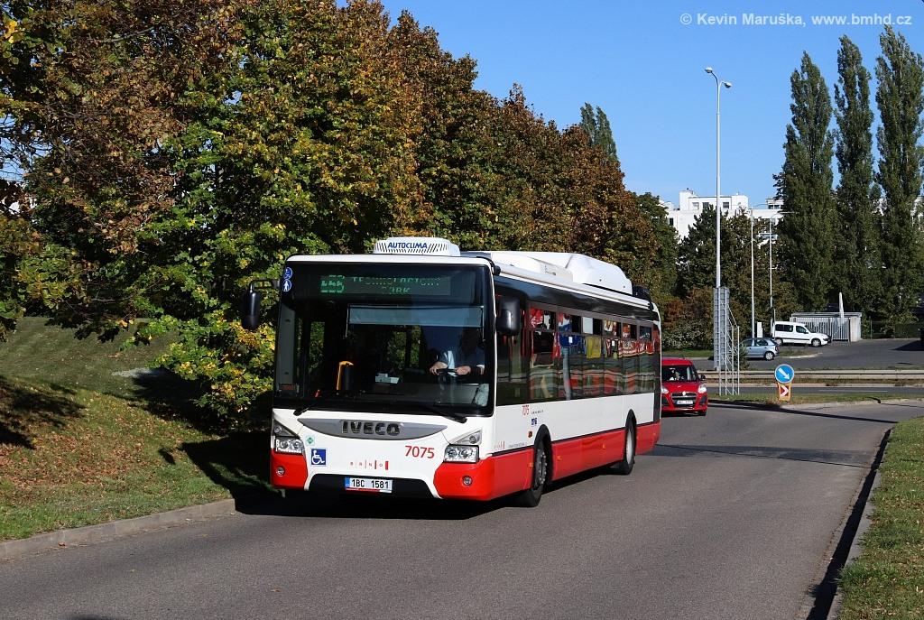 Fotogalerie » Iveco Urbanway 12M CNG 1BC 1581 7075 | Brno | Královo Pole | Technická