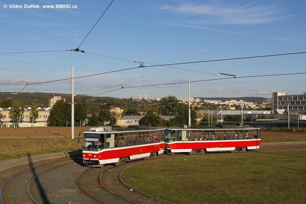 Fotogalerie » ČKD DS T6A5 1203 | ČKD DS T6A5 1204 | Brno | Medlánky | Purkyňova | Technologický park, smyčka