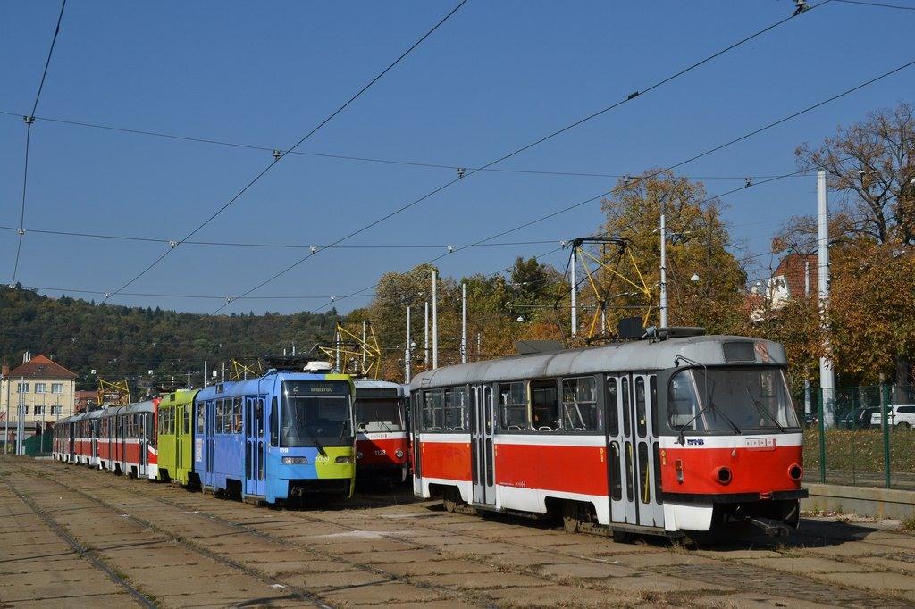 Fotogalerie » ČKD Tatra T3T 1627 | ČKD Tatra K2R03 1059 | Brno | vozovna Pisárky