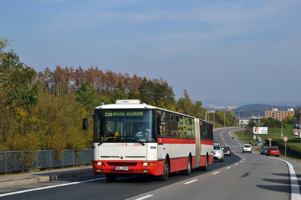 Fotogalerie » Karosa B961E.1970 6B4 4392 2376 | Brno | Bystrc | Vejrostova