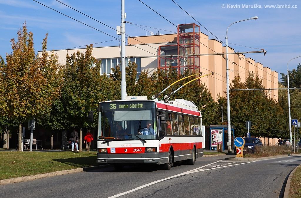 Fotogalerie » Škoda 21TrIGCT 3043   Brno   Žabovřesky   Makovského náměstí   Makovského náměstí