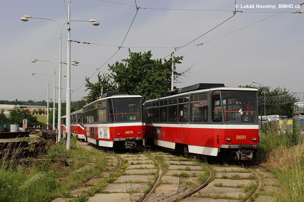 Fotogalerie » ČKD DS T6A5 1227 | ČKD DS T6A5 1228 | Brno | Medlánky | Vozovna Medlánky
