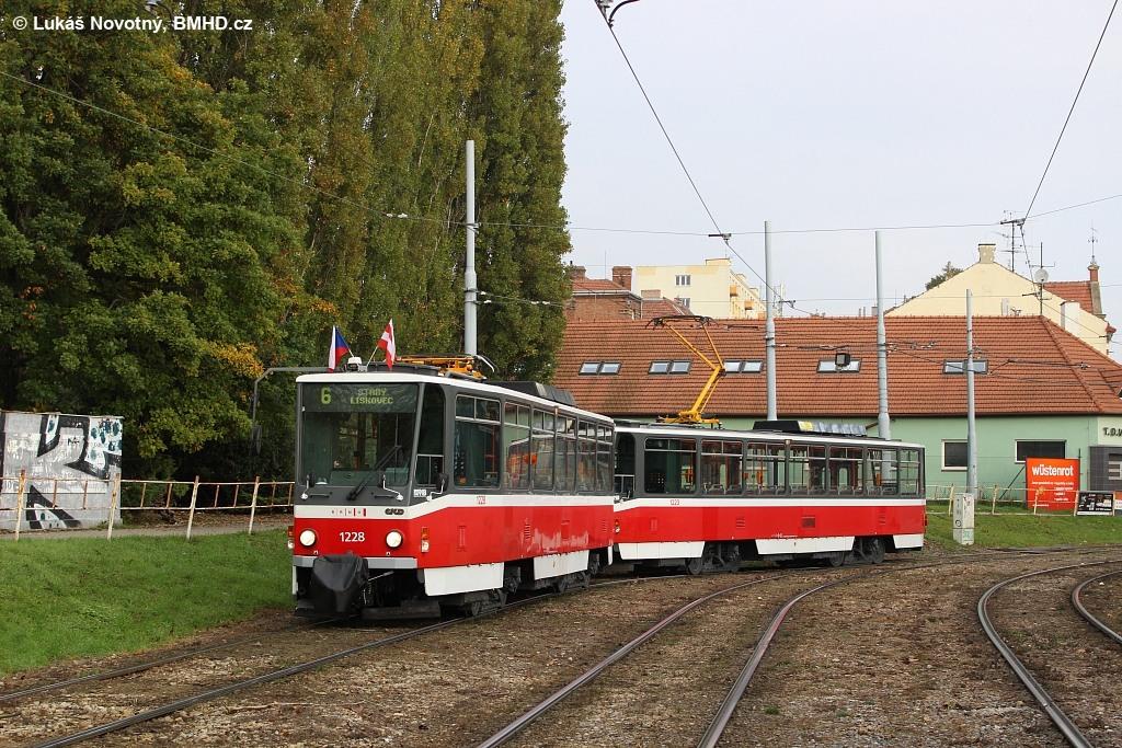 Fotogalerie » ČKD DS T6A5 1228 | ČKD DS T6A5 1223 | Brno | Štýřice | Vídeňská