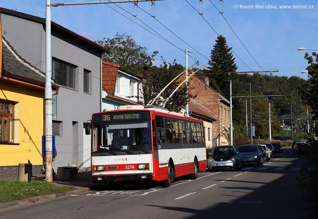 Fotogalerie » Škoda 14Tr17/6M 3274 | Brno | Komín | Hlavní | Podveská