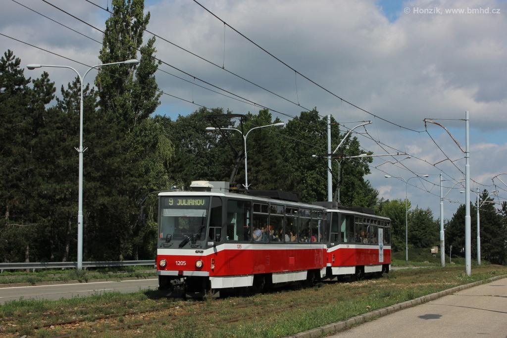 Fotogalerie » ČKD DS T6A5 1205 | ČKD DS T6A5 1206 | Brno | Černá Pole | třída Generála Píky