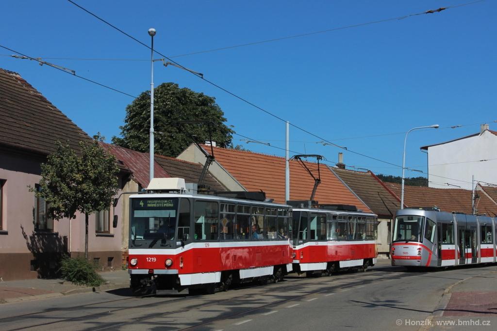 Fotogalerie » ČKD DS T6A5 1219 | ČKD DS T6A5 1220 | Brno | Maloměřice | Selská