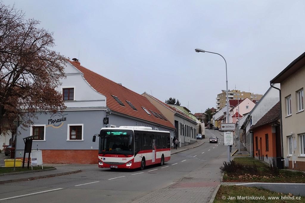Fotogalerie » Iveco Crossway LE LINE 12M 2BD 9895 2915 | Brno | Medlánky | Kytnerova