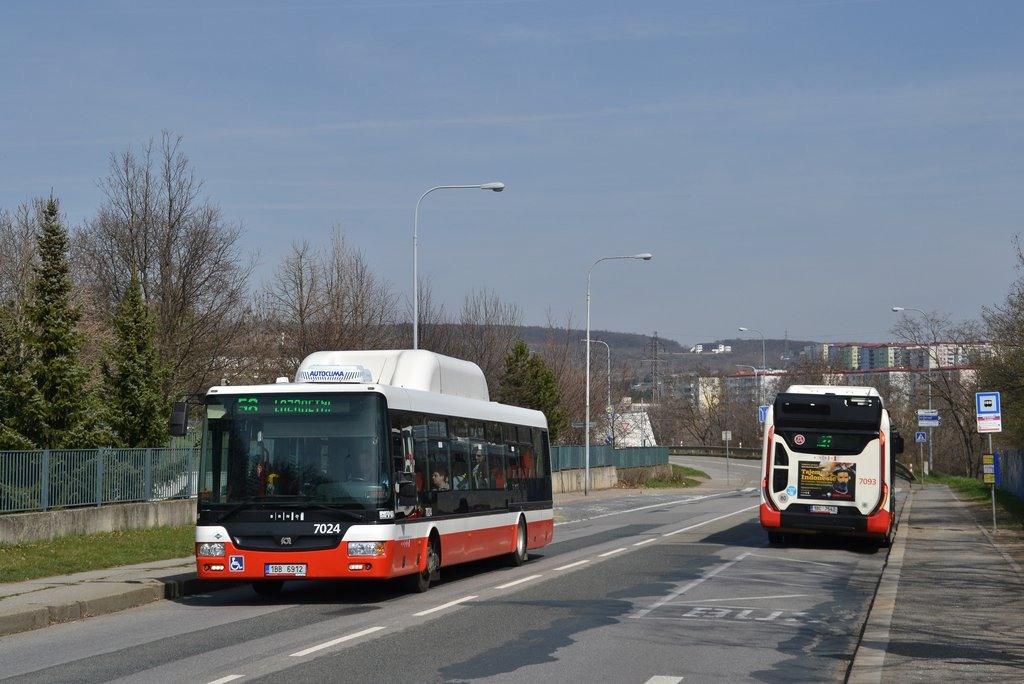 Fotogalerie » SOR NBG 12 1BB 6912 7024 | Iveco Urbanway 12M CNG 1BC 7542 7093 | Brno | Líšeň | Křtinská | Malá Klajdovka