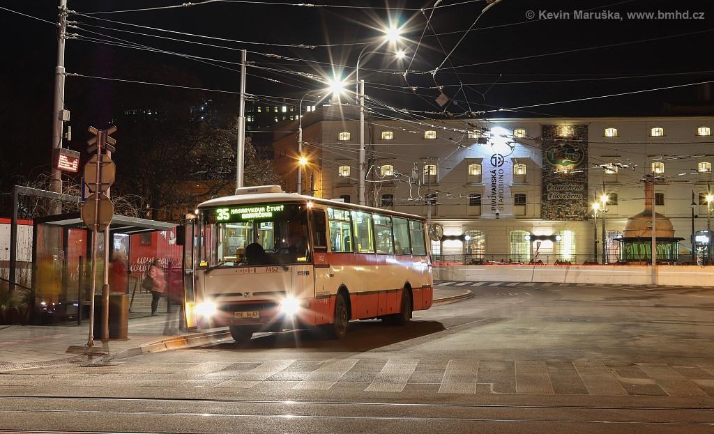 Fotogalerie » Karosa B931E.1707 BSE 94-67 7452   Brno   Staré Brno   Mendlovo náměstí   Mendlovo náměstí