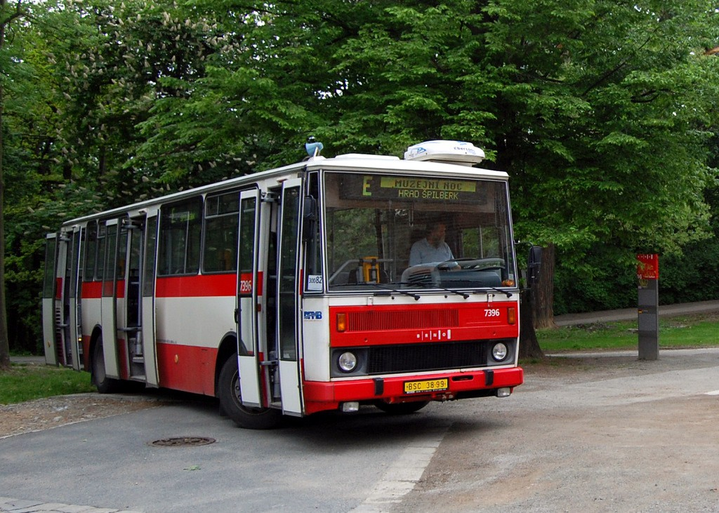Fotogalerie » Karosa B732.1654.3 BSC 38-99 7396 | Brno | střed | Špilberk | Hrad Špilberk