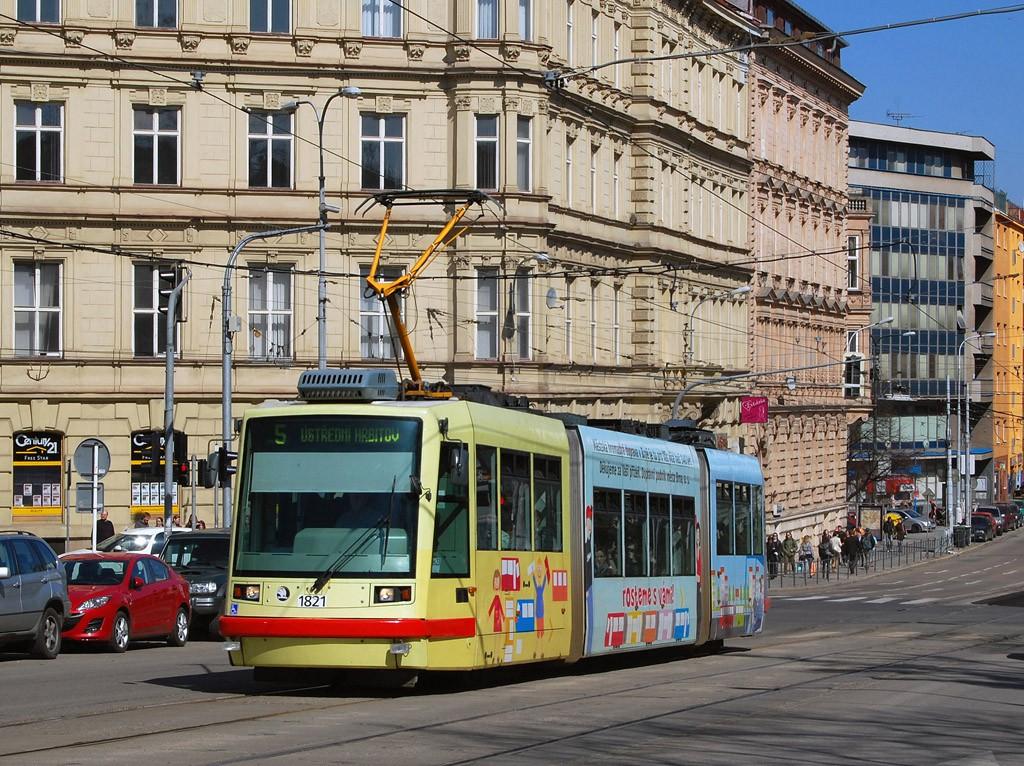 Fotogalerie » Škoda 03T7 1821 | Brno | střed | Moravské náměstí