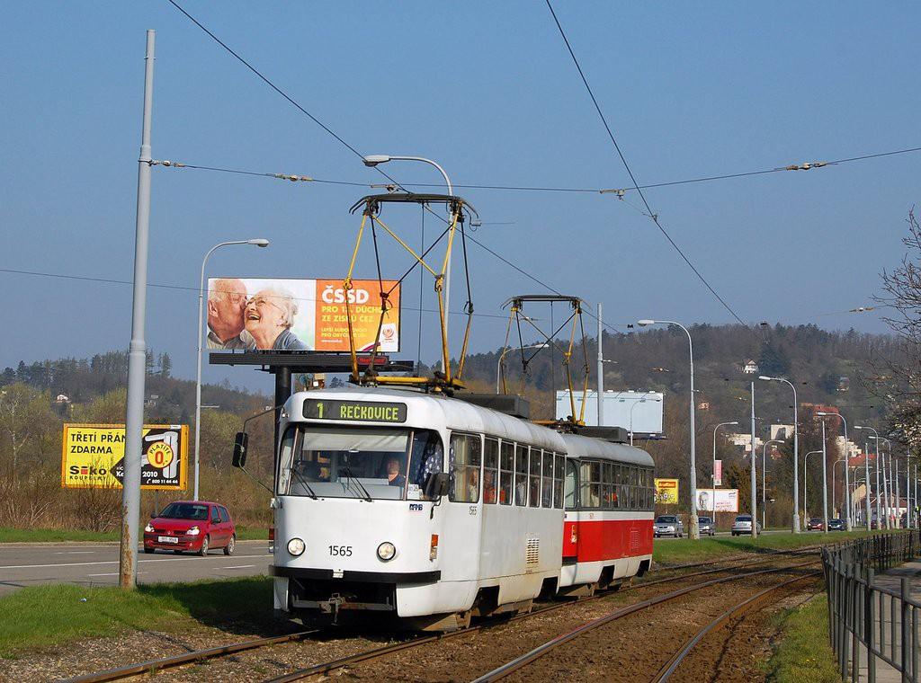 Fotogalerie » ČKD Tatra T3M 1565 | ČKD Tatra T3M 1601 | Brno | Komín | Kníničská