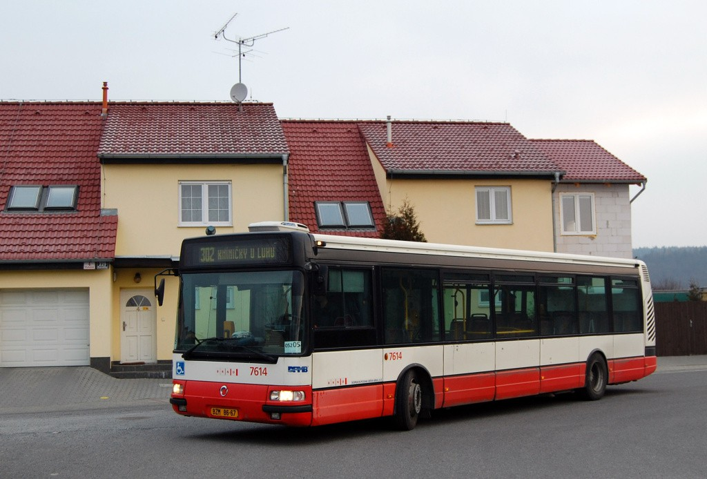 Fotogalerie » Irisbus Citybus 12M 2071.30 BZM 86-67 7614 | Brno | Kníničky | Hluboček | U Luhu