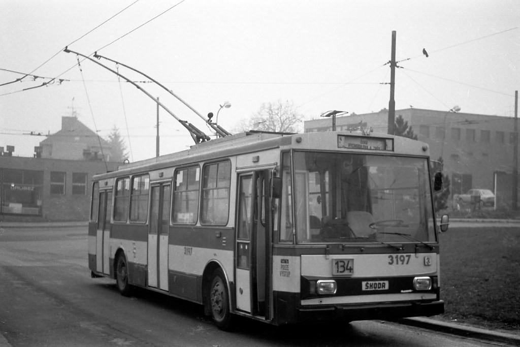 Fotogalerie » Škoda 14Tr07 3197 | Brno | Žabovřesky | Vychodilova | Vychodilova, smyčka