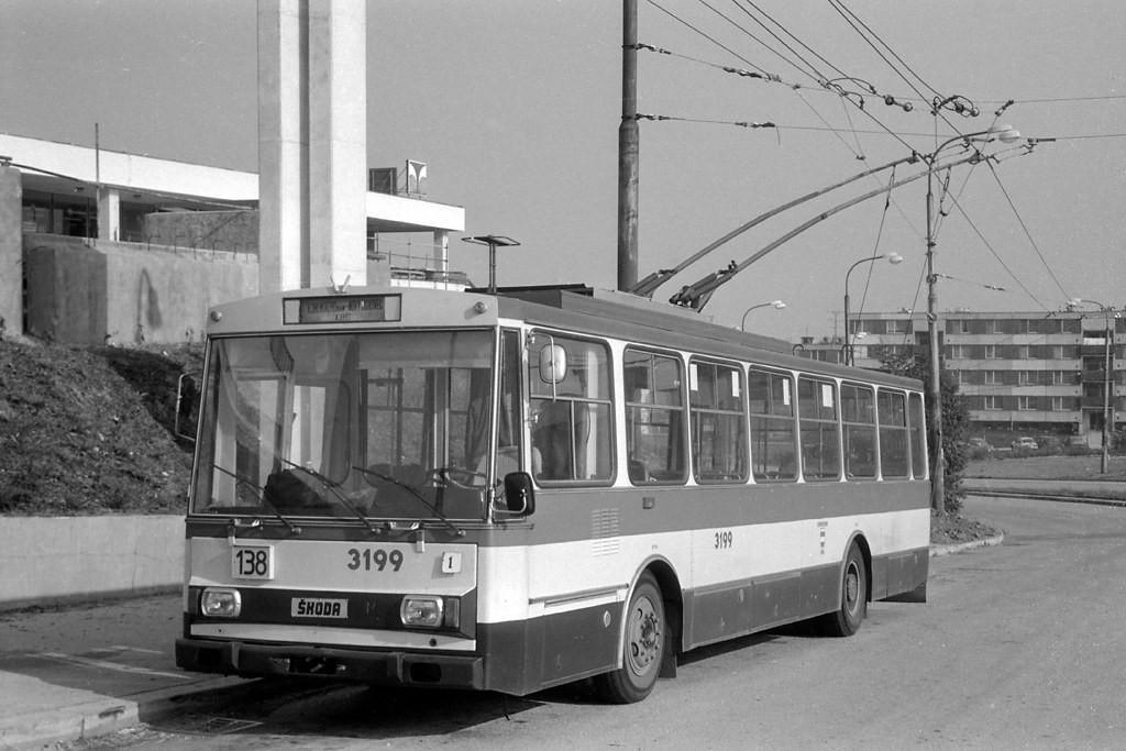 Fotogalerie » Škoda 14Tr07 3199 | Brno | Nový Lískovec | Petra Křivky | Kamenný Vrch
