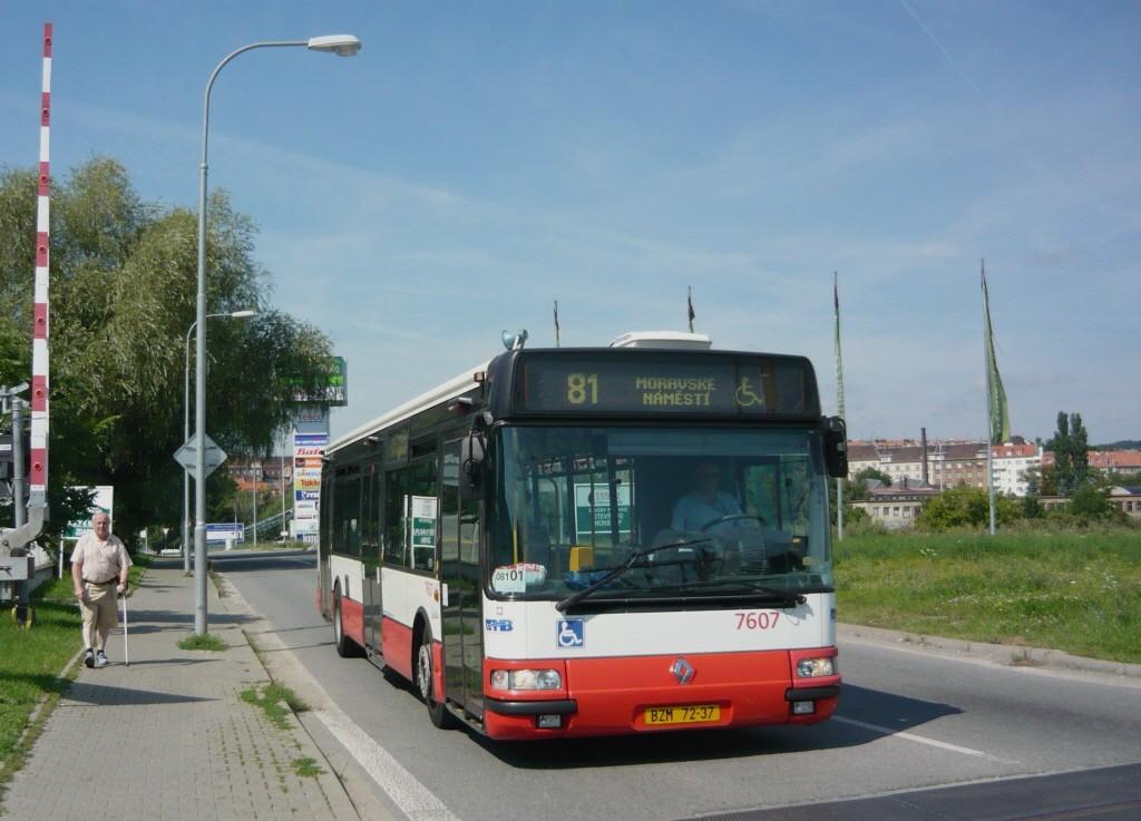 Fotogalerie » Irisbus Citybus 12M 2071.20 7607 | Brno | Královo Pole | Cimburkova | NC Královo Pole