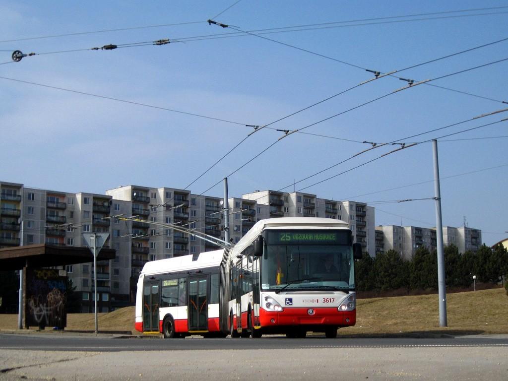 Fotogalerie » Škoda 25Tr Citelis 1B 3617 | Brno | Starý Lískovec | Osová | Osová, smyčka