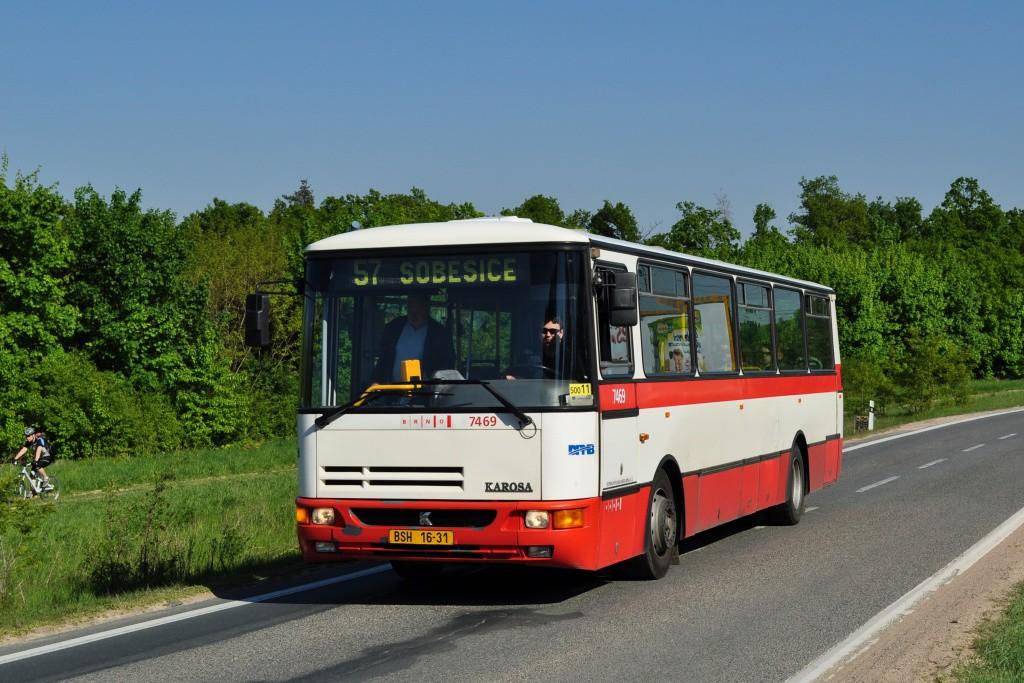 Fotogalerie » Karosa B931E.1707 BSH 16-31 7469 | Brno | Soběšice | Zeiberlichova | Panská lícha