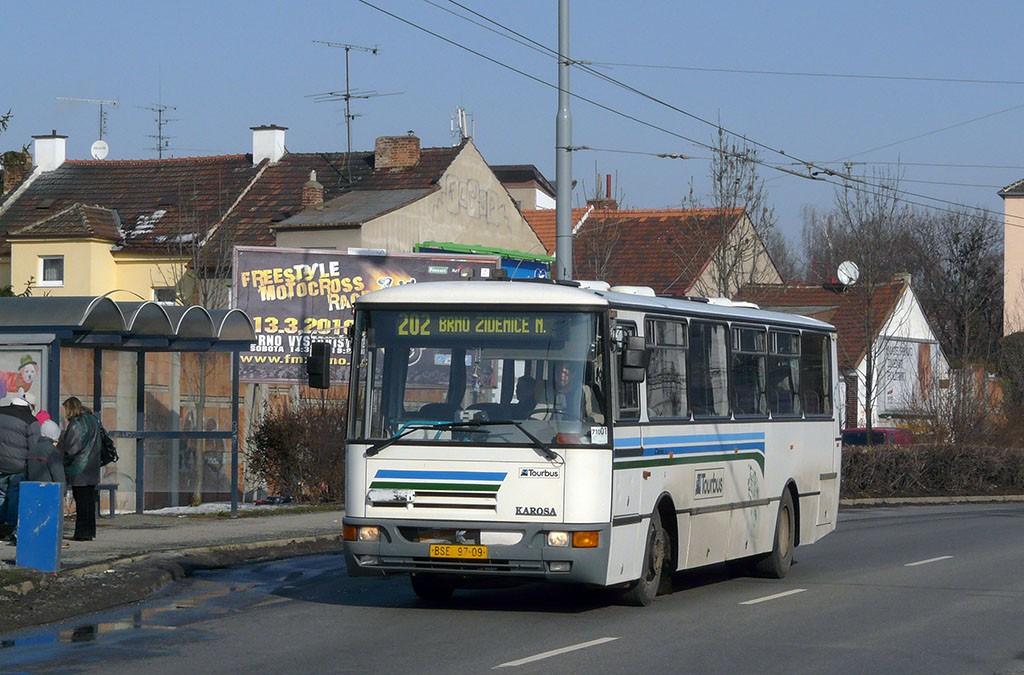 Fotogalerie » Karosa C934E.1351 BSE 97-09 | Brno | Židenice | Svatoplukova