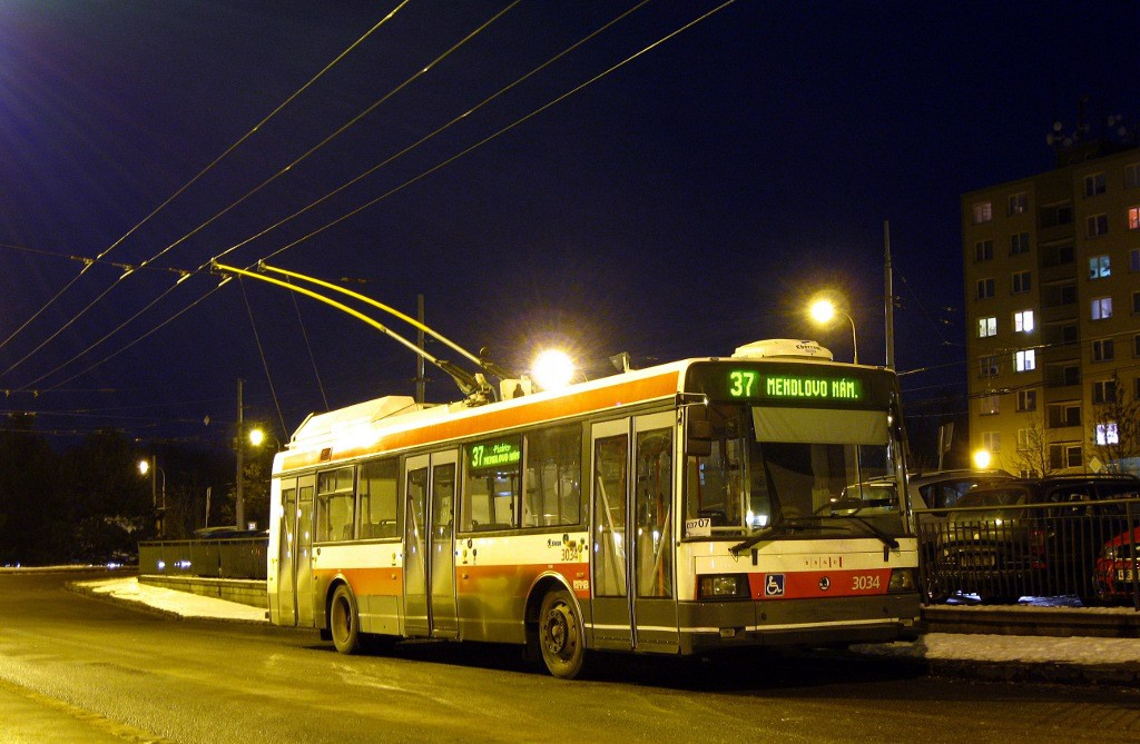 Fotogalerie » Škoda 21Tr 3034 | Brno | Kohoutovice | Libušina třída | Jírovcova