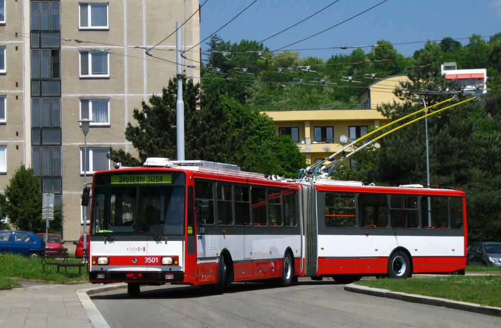 Fotogalerie » Škoda 15TrM 3501 | Brno | Žabovřesky | Vychodilova | Vychodilova, smyčka
