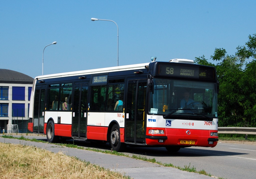 Fotogalerie » Irisbus Citybus 12M 2071.20 BZM 72-31 7601 | Brno | Líšeň | Křtinská
