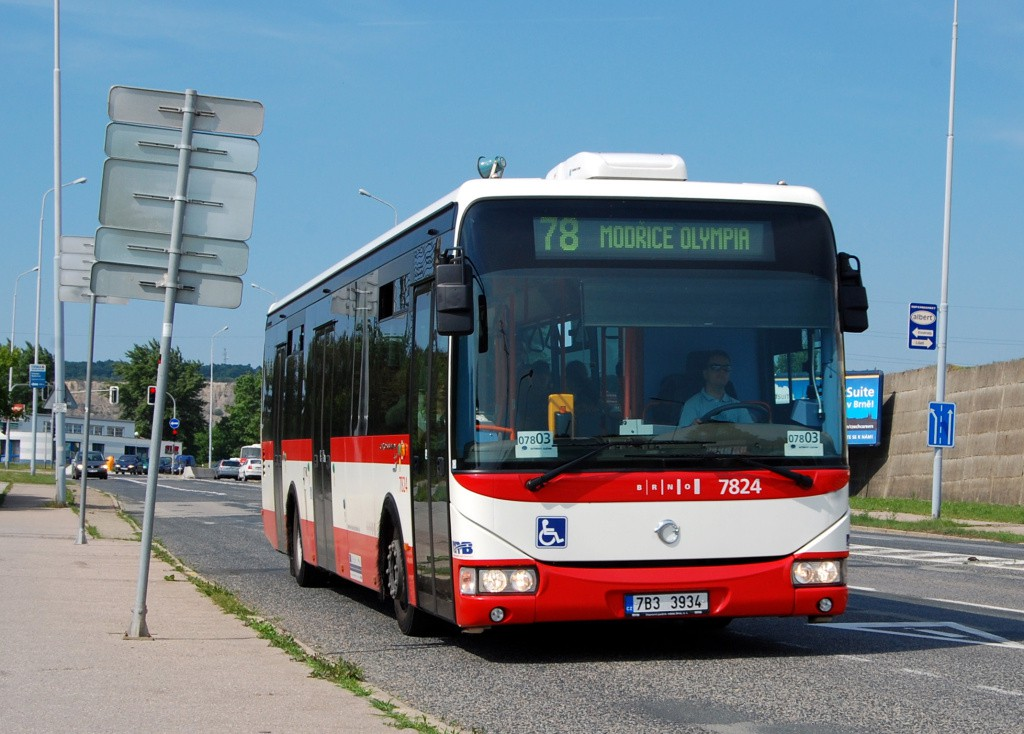 Fotogalerie » Irisbus Crossway LE 12M 7B3 3934 7824   Brno   Líšeň   Jedovnická   Růženin dvůr