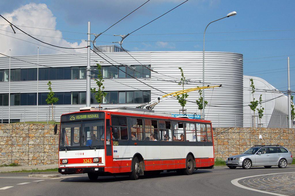 Fotogalerie » Škoda 14TrR 3243 | Brno | Bohunice | Netroufalky